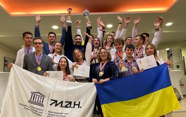 Украинские ученики получили золотые награды на международном конкурсе