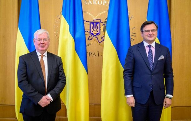 Кулеба призвал ЕС помочь освободить политзаключенных в РФ украинцев