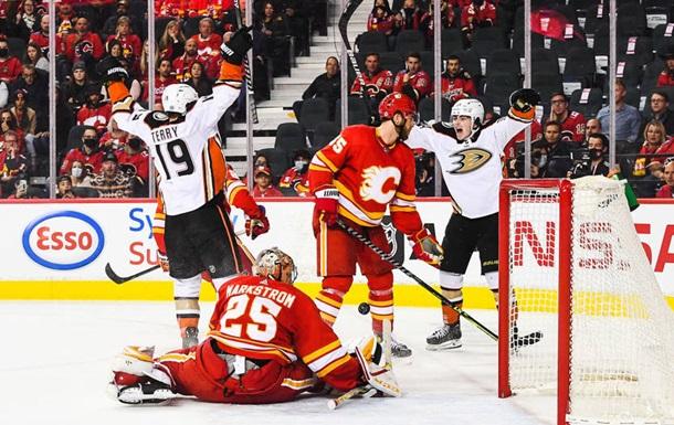 НХЛ: Филадельфия и Сент-Луис громят своих соперников