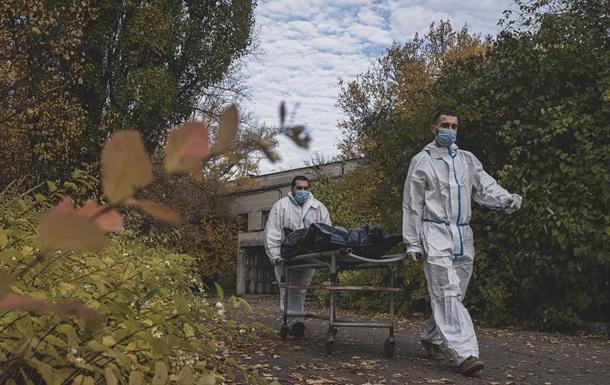 В Украине за сутки еще полтысячи жертв COVID-19