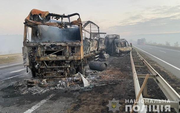 Масштабное ДТП на трассе Киев-Одесса: названа причина