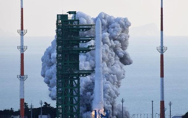 Сеул запустил собственную ракету-носитель Нури