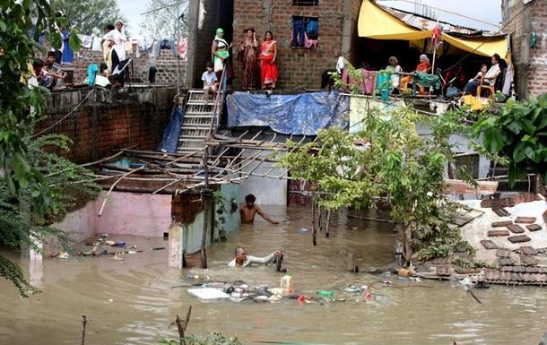 Наводнение в Индии и Непале: количество жертв растет