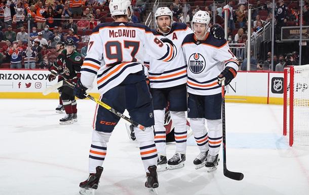 НХЛ: Флорида и Эдмонтон продолжают идти без поражений