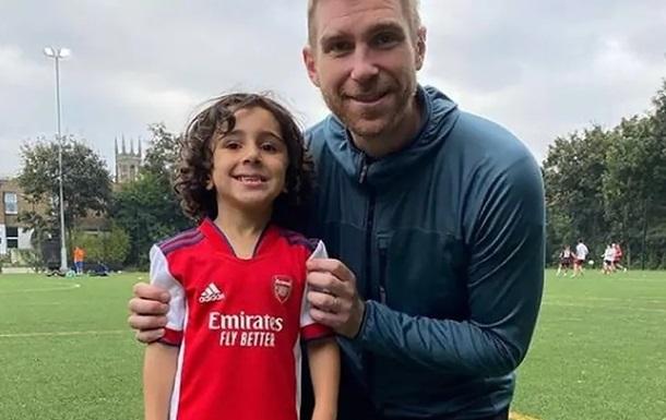 Арсенал подписал 4-летнего игрока