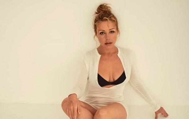 Тина Кароль восхитила смелыми фото в белье