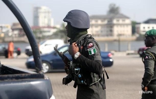 На незаконном НПЗ в Нигерии прогремел взрыв: 25 жертв