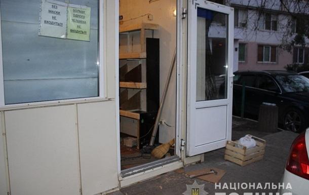 В Одессе торговец продуктами избил прохожего молотком