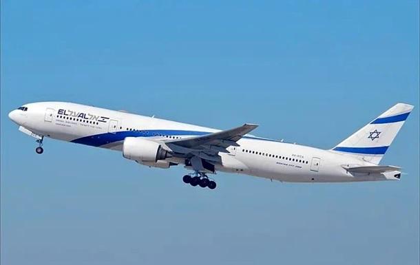 В Саудовской Аравии впервые приземлился самолет из Израиля