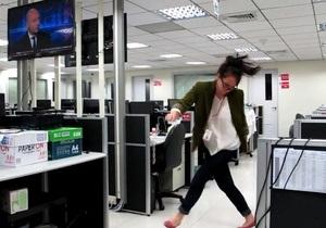 Девка в офисе видео, новинки порно пати фото