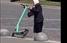 У Львові жінка похилого віку громила припарковані електросамокати